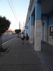 Caminando hacia la escuela