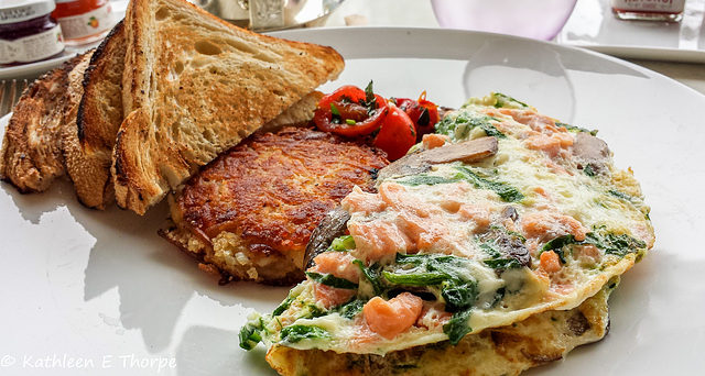 Santa Barbara, Belmond El Encanto, Salmon Mushroom Spinach Omelet with Heirloom Tomatoes