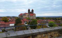 Blick zum Schloss ...