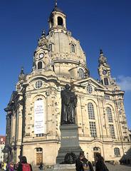 Frauenkirche mit Martin Lutherdenkmal