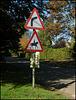 horsey road sign