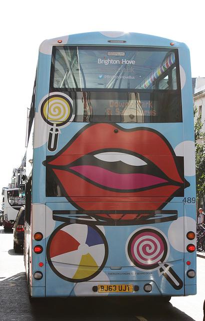 Bus lips