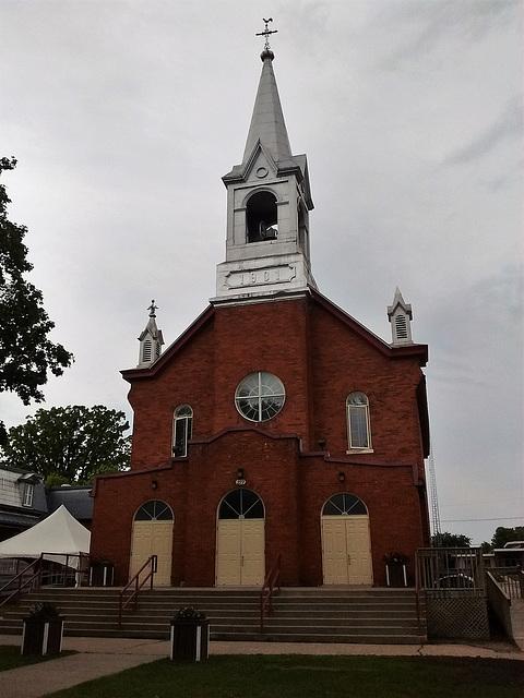 Pleasant church / Église plaisante