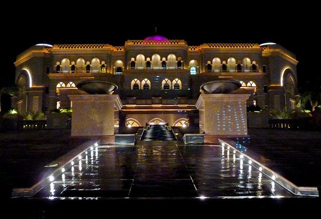Il palazzo del presidente (360)
