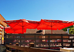 Sauze d'Oulx : Ombrelloni rossi - (685)