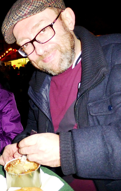 DE - Ahrweiler - me, enjoying a Döppekooche at the Christmas Market