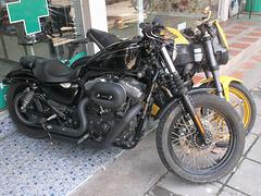 Croix rouge et Harley Davidson