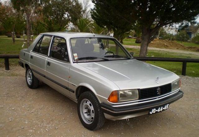 Peugeot 305 (1985).