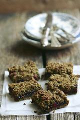 Kanepi-purukook / Hemp crumb cake