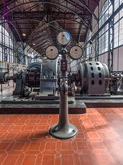 """Maschinenhalle der Zeche Zollern in Dortmund / Machinery Hall of Colliery """"Zollern"""" in Dortmund"""