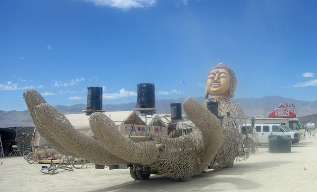 Buddha Art Car (6986)