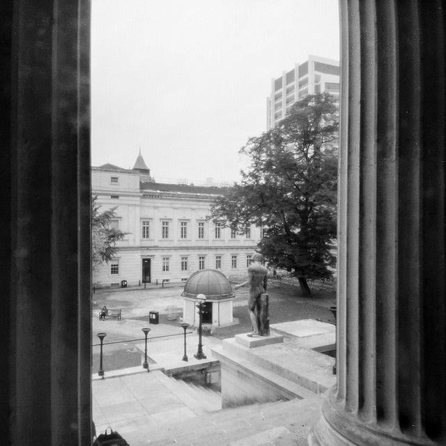 UCL pinhole (2)
