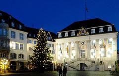 DE - Bonn - Altes Rathaus zur Weihnachtszeit