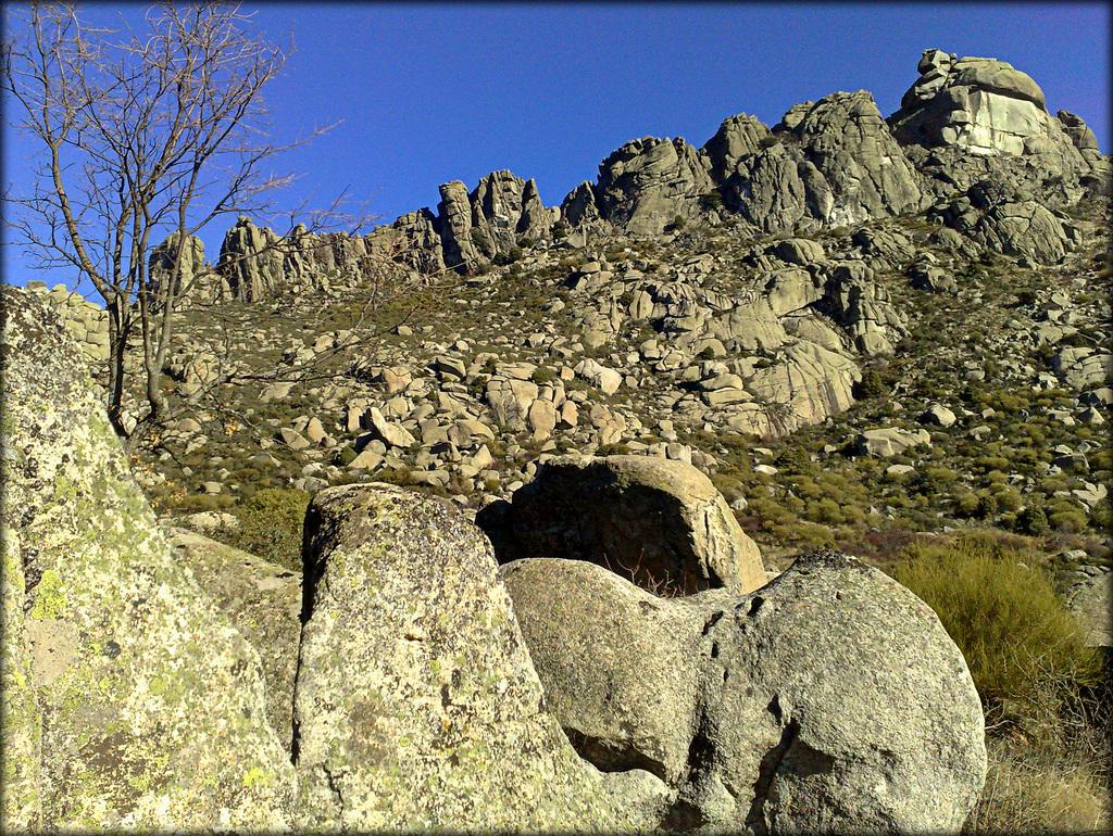 Sierra de La Cabrera, El Cancho Largo.
