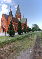 HFF - St. Petri Kyrka and dual gauge rail (PiP)