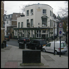 Albert Arms pub