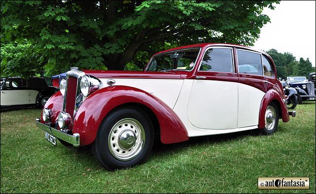 1949 Daimler DB18 - HVC 623