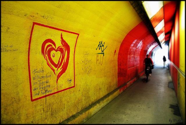 ❤-lich Willkommen im Tunnel der Träume und Fantasy! - ❤-ily Welcome to the tunnel of dreams and fantasy!