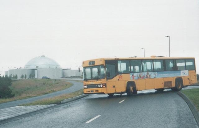 Strætó 66 passing the Perlen in Reykjavík - 29 July 2002 (498-27)