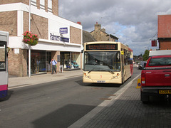 DSCN3364 Essex County Buses AE08 DLF in Bury St. Edmunds - 3 Sep 2009