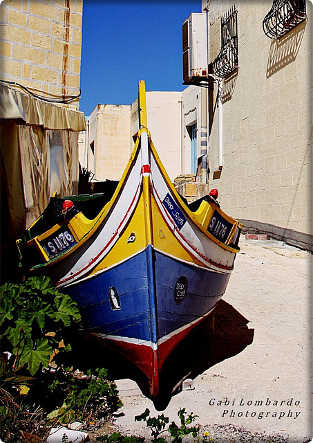 a boat in the lane (Malta)