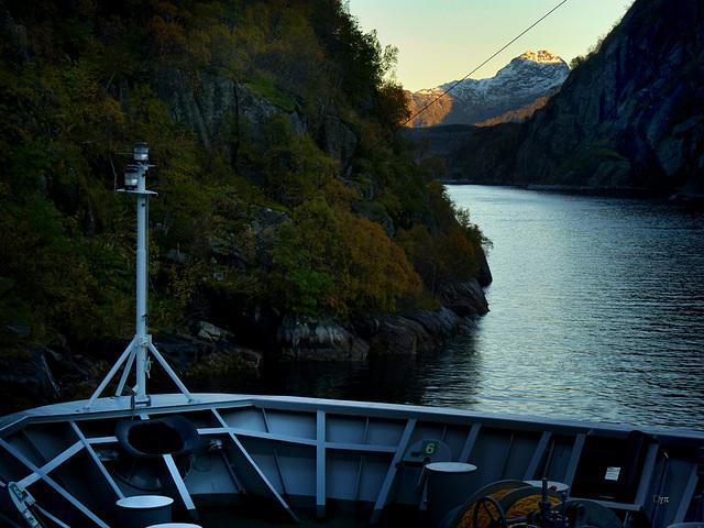 MS Nordlys in Trollfjorden