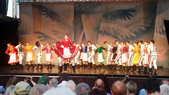 Folklorenseblo Lúčnica dum la Nacia vespero  (la UKo en Nitro)