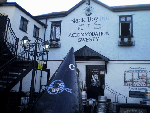 Black Boy Inn (1522).