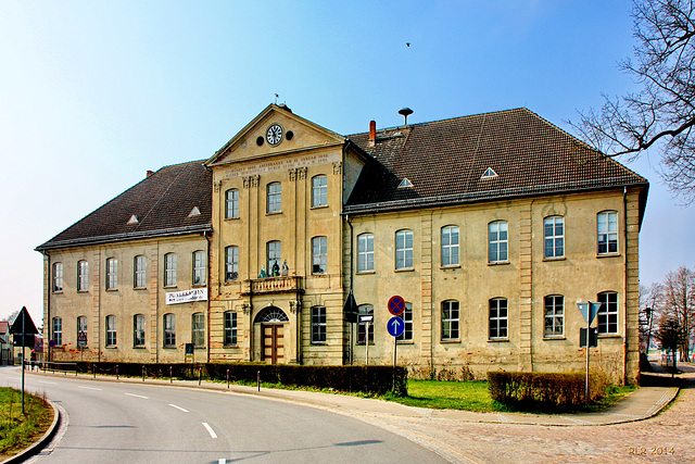 Mirow (Mecklenburg-Strelitz), Unteres Schloss