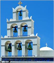 Santorini : le campane a Thira - (981)