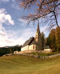 Chiesa di Santa Giuliana, Val di Fassa, 15th cent.