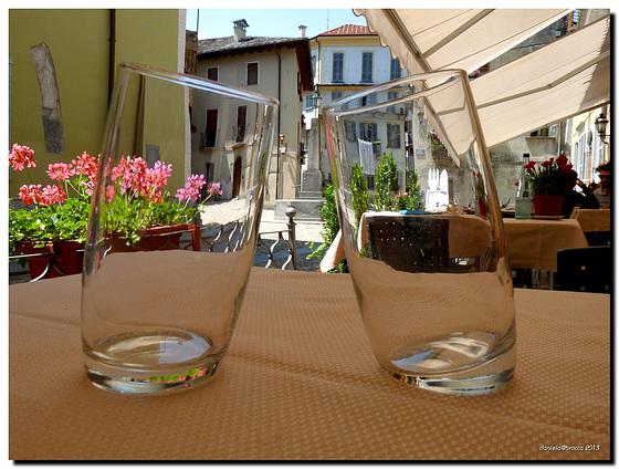 #23 Due bicchieri ubriachi - two drunk glasses ;-)