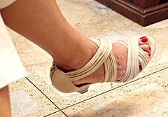 wife in style co heels