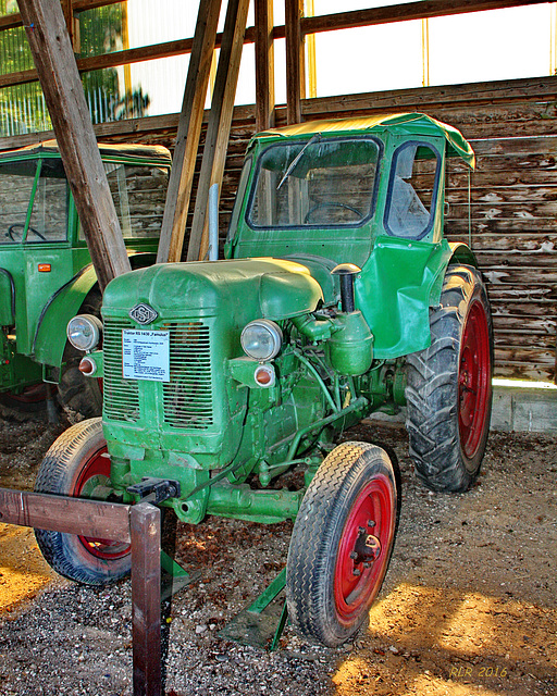 """Alte Traktoren: RS 14/30 """"Famulus"""""""