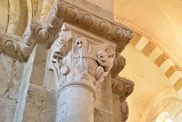 Vezelay, chapiteau, Combat de démons