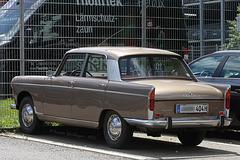 Toller alter Peugeot