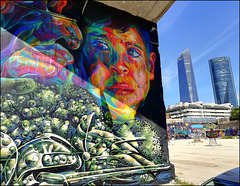 Street Art (authorised) and two of the Cuatro Torres.