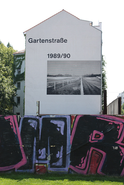 Gartenstrasse Mural