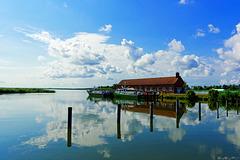 beim Hafen von Karnin (© Buelipix)