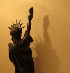 L like Statue of LIBERTY