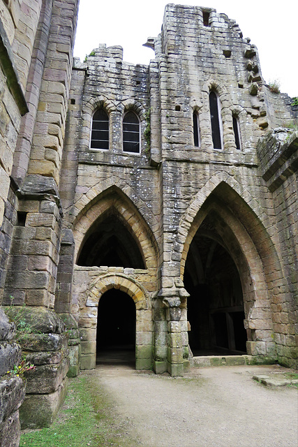 fountains abbey, yorks.