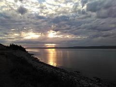 Soleil somnolent de la Côte Nord au Québec