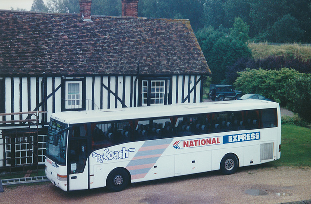 Arriva Northumbria V141 EJR at Whittlesford - 4 Aug 2000