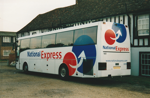 Arriva Northumbria V141 EJR at Whittlesford - Sept 2003