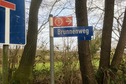 -brunnenweg 4537