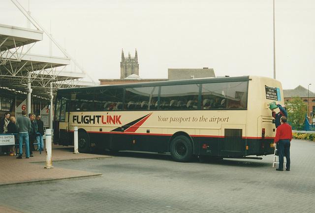 Arriva Yorkshire P31 XUG at Leeds - 5 May 2002