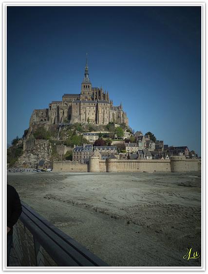 ** Un tour au Mont St Michel **
