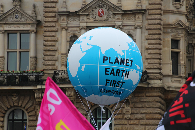 Planet Earth: First !