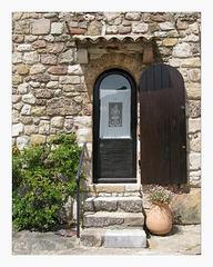 maison dans le quartier médiéval des ARCS (83)
