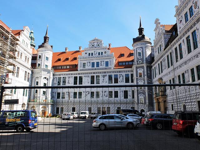 Bald ist es fertig - das Dresdner Residenzschloss - Euch allen HFF